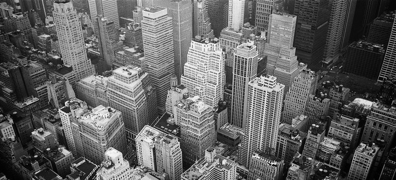 A black and white photo of NYC.