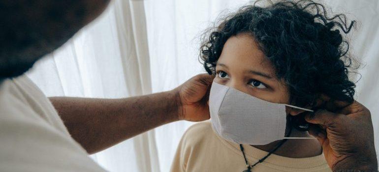 people putting masks on