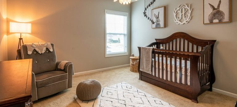 One idea on how to turn your gest room into a nursery